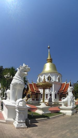 Religion Spirituality Place Of Worship Sunlight No People Architecture Clear Sky Outdoors Tree Day Sky Timeless Thailand Tanquility Built Structure Building Exterior