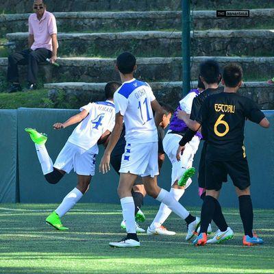2nd goal for Ateneo courtesy of @alilamcarlo 🎆 ⚽ . . . UAAP Uaap77 Uaapseason77 ADMUvsUST ateneo ust sbspotlight soccerbible juniors football themanansala