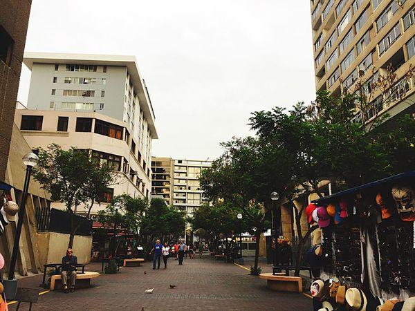 Calle Tarata Architecture Remember The Past City