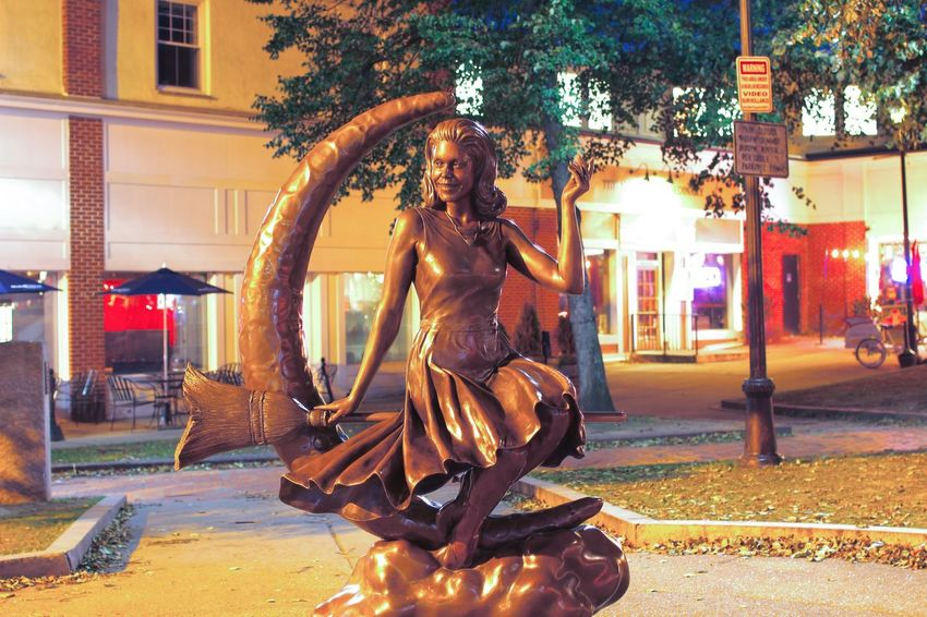 Salem, Massachusetts Bewitched Samantha  Bewitched statue
