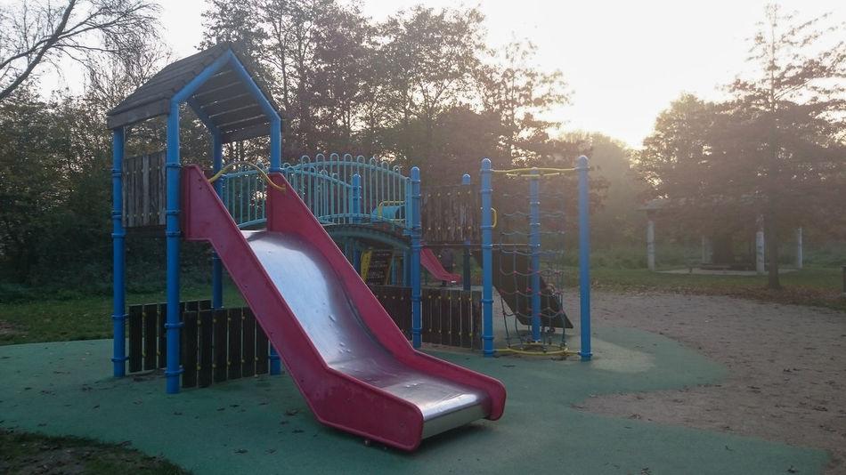 Parc de jeux au Carouge, Brétigny Sur Orge Children Exterior Jeux Jeux D'enfants Kids Outdoors Parc Parc De Jeux Park Playground Playgrounds Playing Ground Tobogan Urban Playground