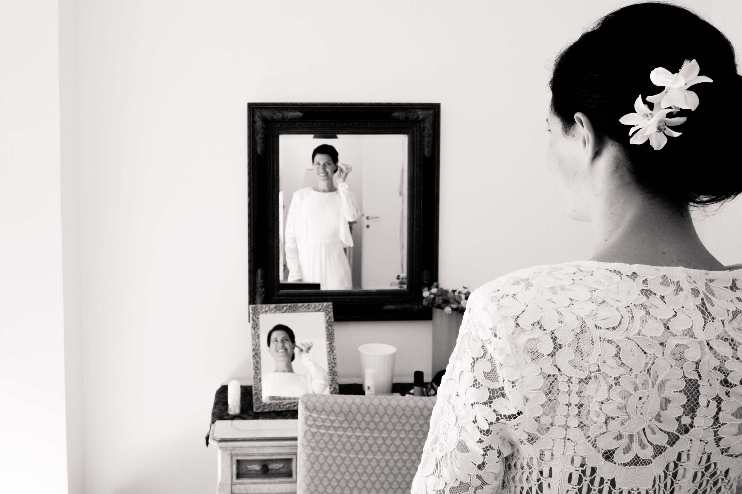 mirror, real people, women, indoors, lifestyles, reflection, one person, adult, rear view, home interior, leisure activity, young adult, wedding, standing, frame, looking, young women, domestic room, bride