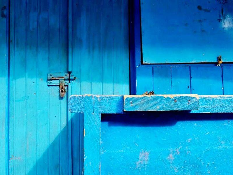 VisualArt  Visualgraphic Visualresponse Colour Streetphotography Blue Wirokesuma Ricoh Gr Cobalt Blue By Motorola