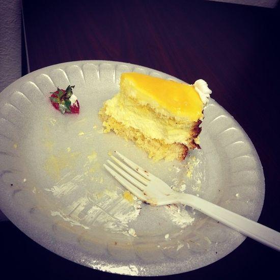 Whoever brought this cake, thank you. It's half eaten already I know... But it's just sooo goood! Cake Halfeaten Soooogooood