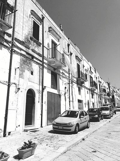 Architecture Building Exterior Car Abandoned Outdoors Day Clear Sky No People City Sky Oldcity Travel Going Around The City Wonderful Place To Visit
