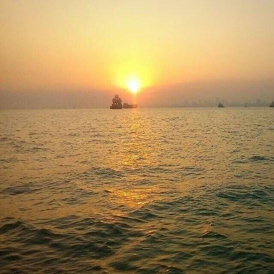 Sea Sunset Water Outdoors Scenics Sunlight Beauty In Nature Sun Travel Destinations Horizon Over Water Refraction Sky Sunrays! :)