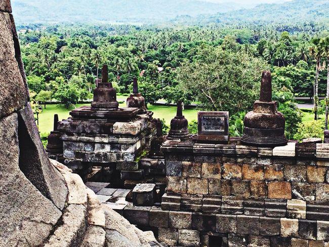 Praying Traveling Indonesia_allshots