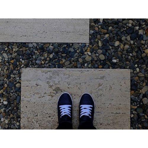 Cada paso que das vas dejando algo! Dejandohuella Avanzando Fotografiaurbana Fotografacalljera Urbanphotography Cali Colombia Riostudiopro Fujifilmcolombia Fujix30