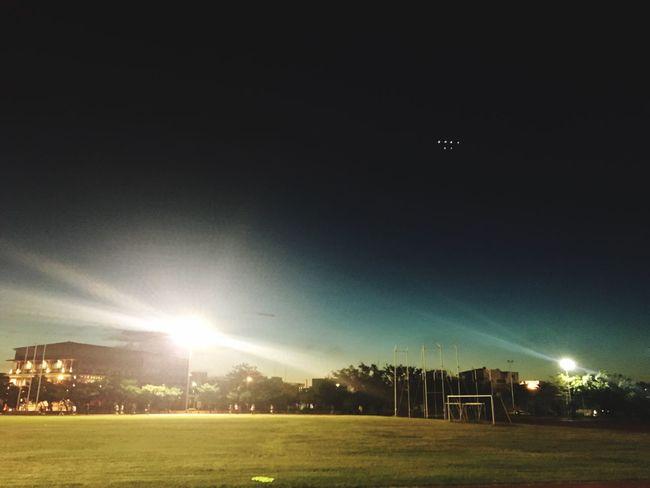 夜, Running Enjoying Life 夏日風情 Summer Enjoying The View Relaxing Walking Around Sports 運動過後,流汗的快感,呼吸,心跳聲 U Can Do It!!! Life