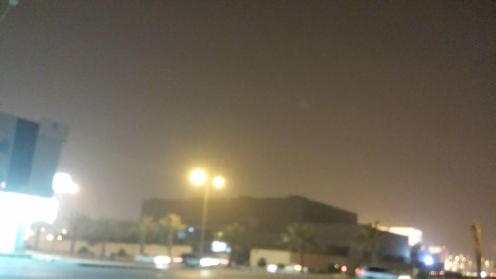 عج غبار برد الرياض صراحة اجواء متقلبة غريبة .. امس صيف واليوم ثلج