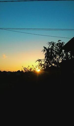 Shilouette Landscape Sunset Cloudy