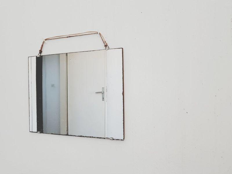 | Mirror | Old Mirror The Door EyeEmItaly EyeEm Selects White Background Studio Shot Scientific Experiment The Still Life Photographer - 2018 EyeEm Awards The Creative - 2018 EyeEm Awards Creative Space