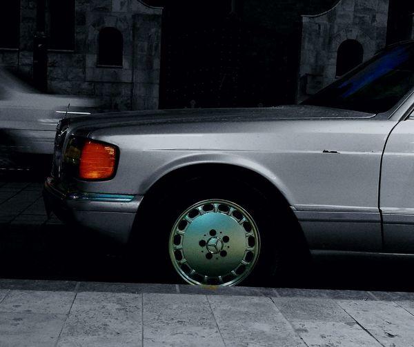 Classic Car Mersadesbenz 1991 W126