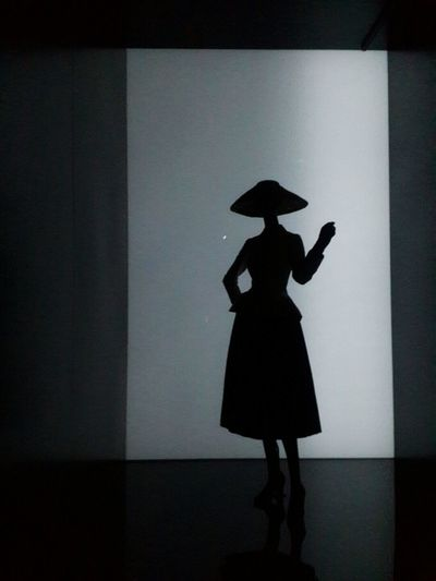 miss dior Darkness And Light Sillouette Lightning Dailyphoto Galaxys4 Black & White Dior Korea Seoul Shadow