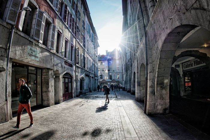 luce!! Light And Shadow Light Lights Shadows & Lights Shades of Winter Shadows Annecy, France A6000 A6000photography Samyang12mmf2.8 City Men Full Length Sunlight Sky Architecture Building Exterior Built Structure