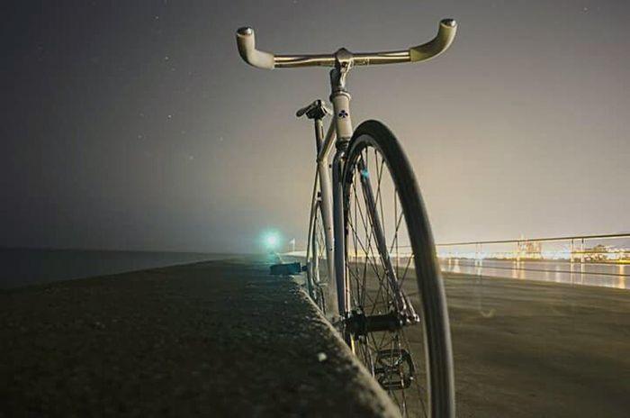 Fixed Fixie Bike Night Lights Night Photography Nightlife Night View Mataró Catalunya Catalonia Maresme Igmaresme