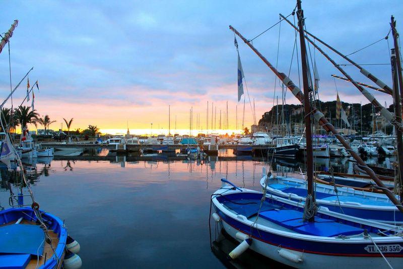 Mon sud Southoffrance France Sanary Sur Mer Boat Light Sunset Colors Landscape Beautiful Wonderful Sunlight December