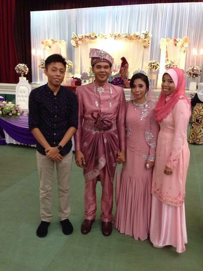 Congrats sis and brother in law, may Allah bless urs' happy happy happy day!
