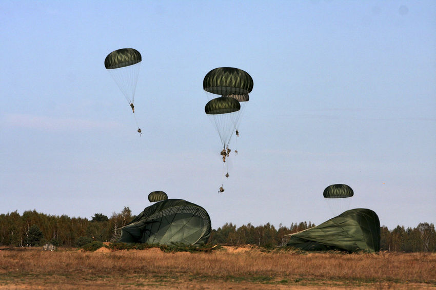Adventure Army Soldier Military Military Exercise NATO Parachute Paratroopers Traverse