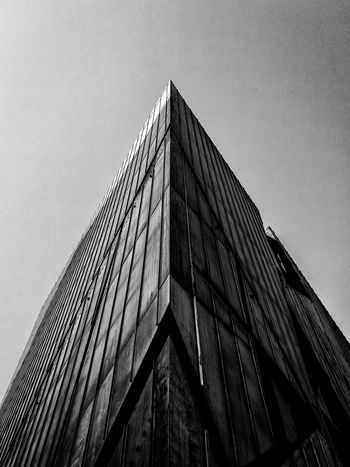 Sundaylookupbw Berlin Photography HuaweiP9 Minimalist Architecture Architectural Feature Architecture Architecturelovers Berlin Black & White Berlin Monochrome Black And White Berlin Building Exterior Built Structure Huawei Monochrome Lookingup Low Angle View Minimalism Minimalist Photography  Modern Monochrome Berlin No People Ralfpollack_fotografie Schwarzweiß Sky Sundaylookup Black And White Friday The Graphic City