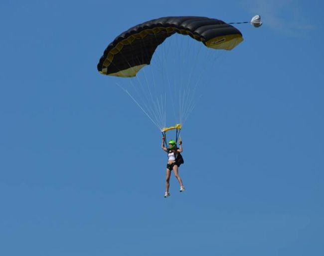 Feeling Free Skydive Followtheflow Hanging Out Sport Sky Summer Today's Hot Look Freedom