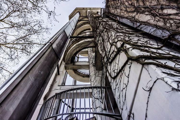 Architecture 27mm Evangelische Kaiser-Friedrich-Gedächtniskirche