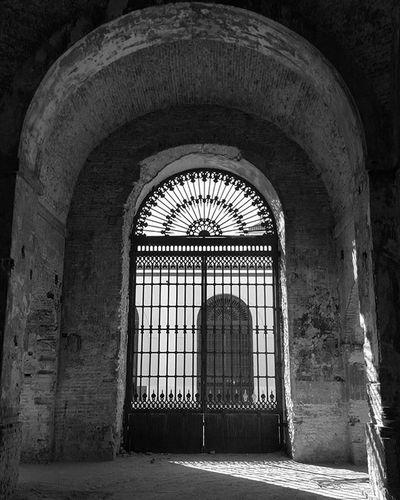 Puerta InstameetIgerssevilla Archilightning