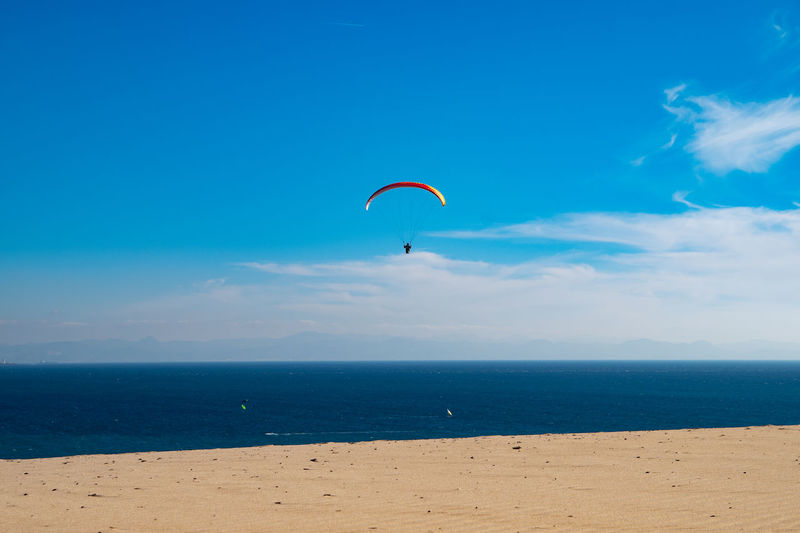 Dunes Sand Sanddunes Windy Day Horizon Over Water Paragliding Sea Water Extreme Sports Adventure Freedom Flying Beach
