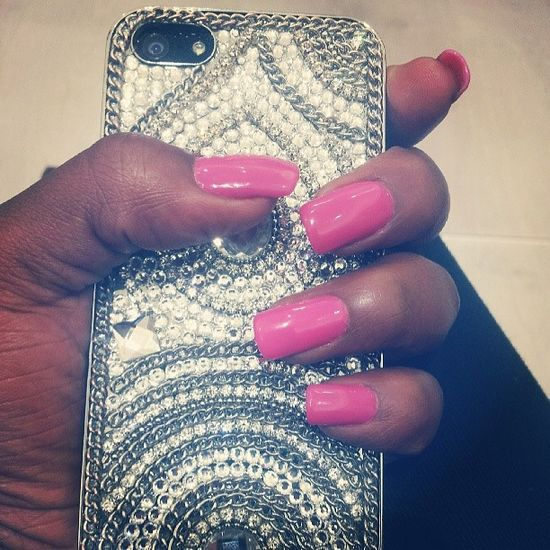IPhone Pinknails Bdazzle