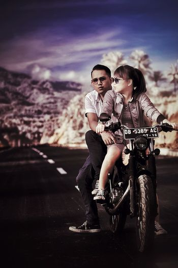 😘 me and my boo prewedd, photo by Gayuh retouch by toy.. Prewedding Prewedding_indonesia Preweddingphotography Its Me ThatsMe Hello World Check This Out Morning Sky Manado - North Sulawesi, Indonesia. Mountain View EyeEm Gallery Caferacer Caferacerculture Honda Cb125 Vintage Scrambler Vintage Bike Nikon D700 Irphotography