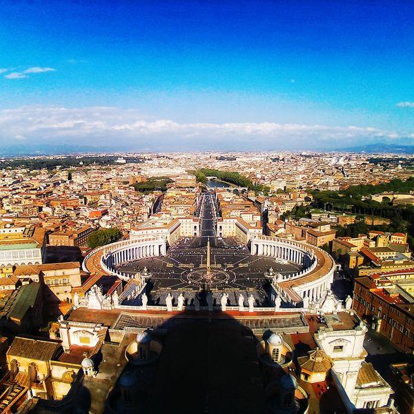 Vatican Italy At Basilica Di San Pietro In Vaticano Cupola Di San Pietro San Pietro View