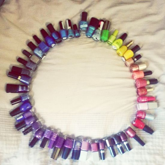 Organising nicky's nail polish makes my day Colour Nail Polish Girl Time Notenoughfingernails