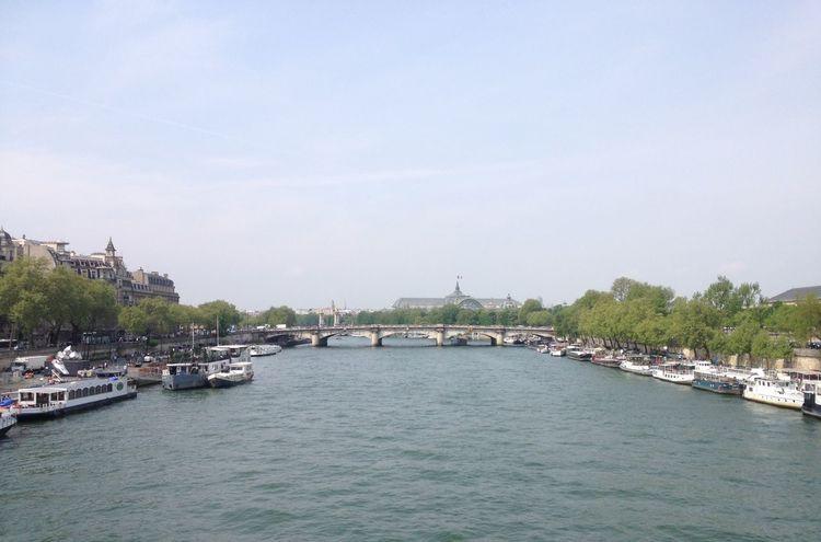 """""""Ajoutez 2 lettres à Paris et c'est le paradis"""" Paris Grandpalais Seine"""