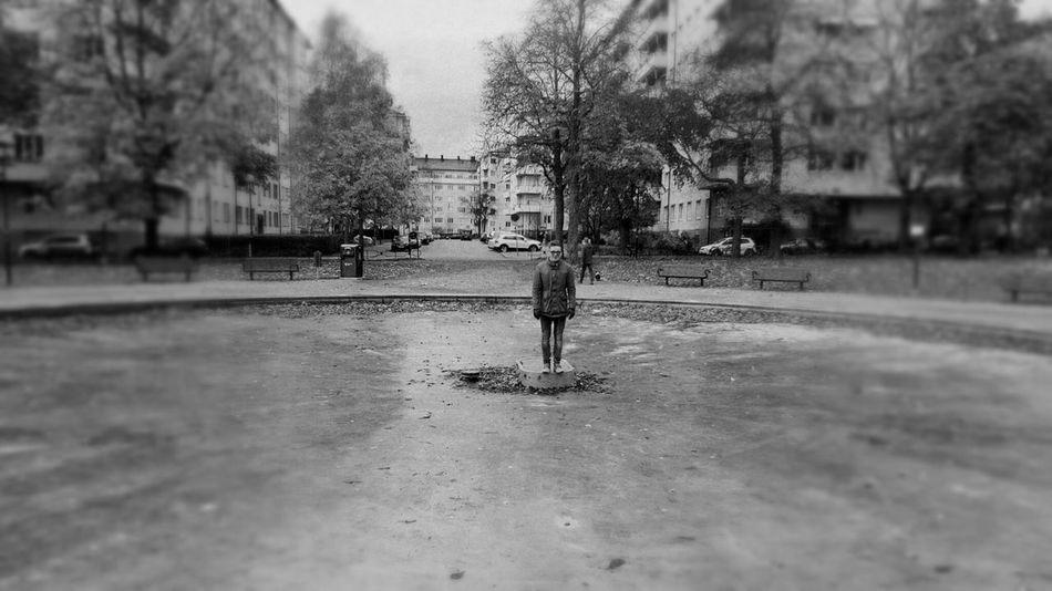 Stocholm City Trip Photo No Water - No Wave Real People Street Artü Mobile Photography HuaweiP9 EyeEm Selects WeekOnEyeEm Estonia 🇪🇪 The Week On EyeEm Autumn🍁🍁🍁 Blackandwhitephotography Outdoors Lifestyles