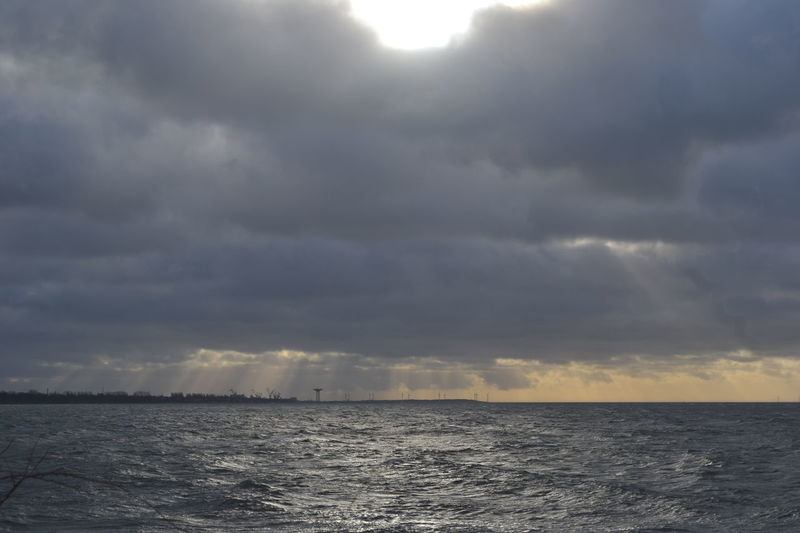 Stormy Weather Cloud - Sky High Water Level Horizon Over Water Nature No People Outdoors Sea Sky Storm Cloud Water