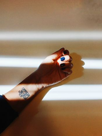 Ink Tattoo Camera Tattooo Bodyart Hand Light And Shadow Shadows & Lights EyeEm Best Shots EyeEm Of The Week EyeEm Human Body Part One Person Human Hand Adult Adults Only People Indoors