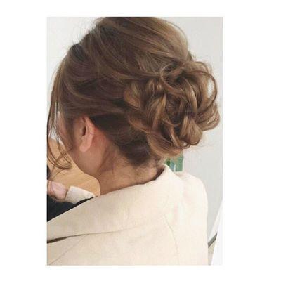 ヘアセット Hairアレンジ ヘアアレンジ Hair 美容院 錦 セットサロン 成人式 ヘアー アップ 大人可愛い Byshair Locari ブライダル 結婚式に行かれるお客様♪ 最近下目のシニヨンをオーダーされることが多いですが、上目も大人可愛い♡