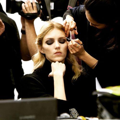 Elie SAAB backstage Anjarubik Eliesaab Jarkasnajberk Fashion fashionshow PFW15 PFW Paris models backstage makeup schonmagazine