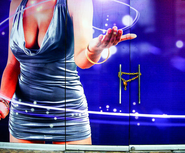 Blackjack Casino Doors Gambling Poker Enticing Invitation Mur Painting