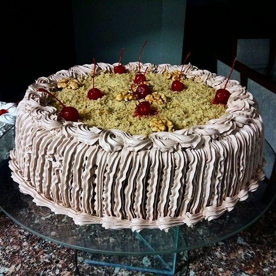 Pienuts Pecanpie Tortadenozes Cherry Nuts Bolo Aniversario Birthday Chantilly Chocolate Delicious Delicia Francasp Galaxya5 SamsungGalaxyA5 Perfection Francolandia Giuhouse Happyhour Trembao Cake