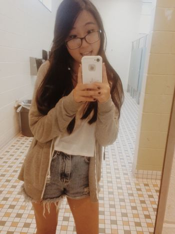 shout out to da smelliest bathroom @ cary high