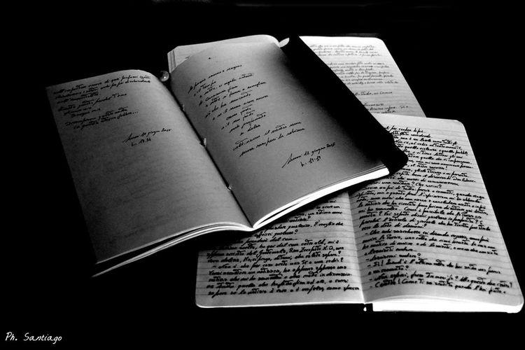 Scrivere significa Vivere : Amare i Taccuini , le Parole , la Grafia , - desiderare che qualcosa esista – forse – che esista in eterno. Ma quando non si vive la mano rifiuta la Penna . 📷📖✒️📝📚 - Marina Cvetaeva, (Taccuini 1919-21) -