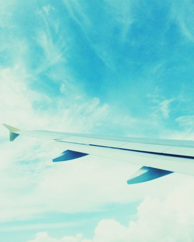 Up above. ✈ First Eyeem Photo Sky Only Wispy Cloudscape Fluffy Heaven