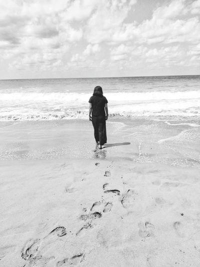 Water Sea Full Length Beach Sand Standing Walking FootPrint Sky Horizon Over Water