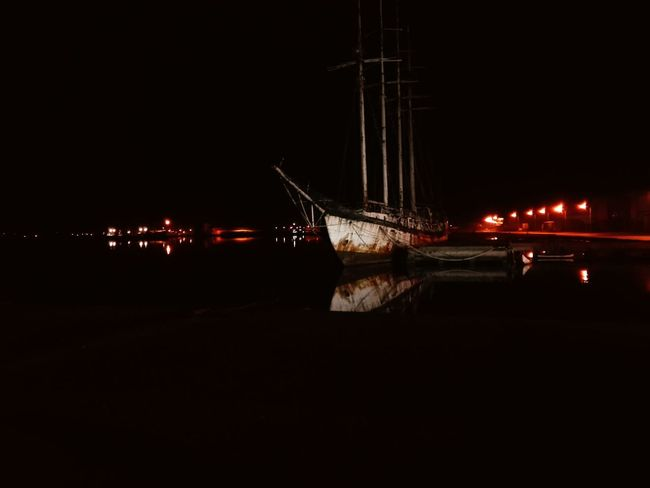 Boats And Water Night Taking Photos Ilhavo Aveiro Filterphotography Outdoors NightReflections In The Water Simplicity Scenics No People