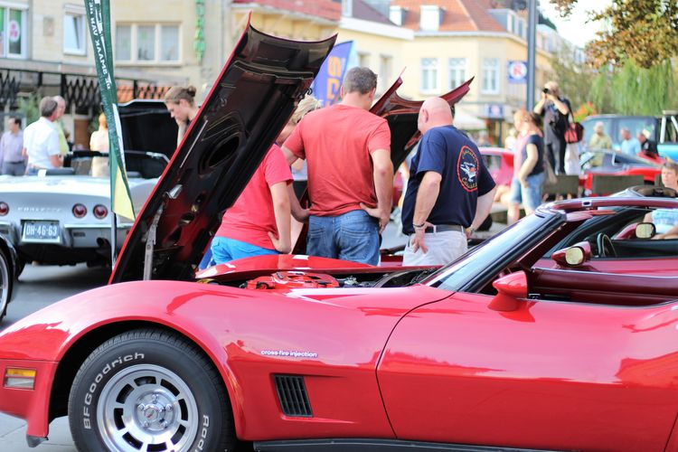 Architecture Built Structure Car Porn Carevent Cars CarShow Carspotting Corvette Corvette Fame 2017 Day Event Outdoors People People Watching See What I See Street Street Photography Streetphotography Taking Photos The Netherlands Valkenburg Walking Around Taking Pictures