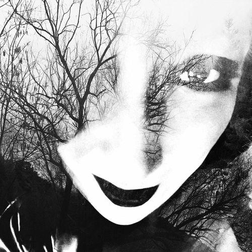 Greeneyedgirl Greeneyedbeauty Greeneyes Humaneye Portrait Portrait Of A Woman Faces Of EyeEm Face WOW Cheek Nose Faces Tree Close-up Sky Iris - Eye Human Face Human Lips Mascara Human Nose Caucasian Eyeball Eyelid Human Eye Eyelash Double Exposure Iris Vision Pretty Eyebrow