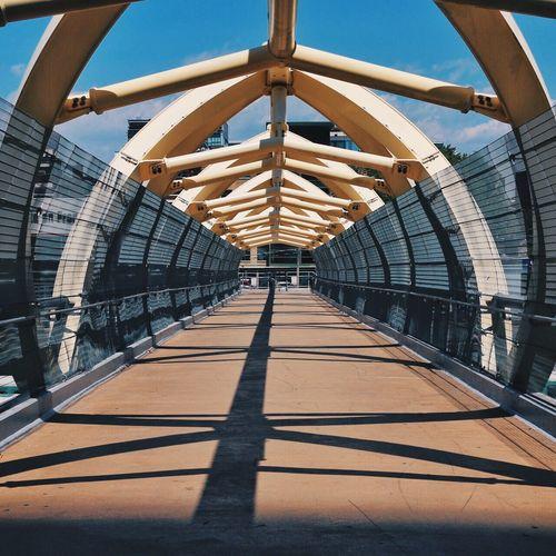 Puente De Luz Toronto Canada Ontario Bridge Architecture Symmetry Yellow
