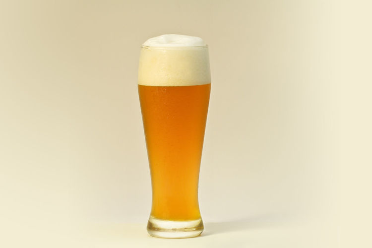 . Alcohol Beer - Alcohol Beer Glass Close-up Drink Drinking Drinking Beer Drinking Glass Food And Drink Freshness Gold Gold Colored Gradient Lager Pint Glass Refreshment Studio Photography Studio Shot Summer Summertime Wheat Wheat Beer White Background