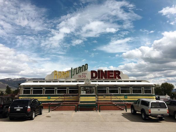 there's a legit east coast diner in Oakley, UT. who knew? stopped in for blueberry pie, a'la mode. Oakley, Utah Diner Utah Parkcityutah